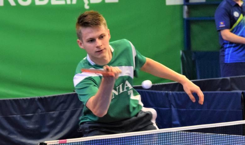 Artur Grela z Olimpii Unii Grudziądz, która wygrała w swojej hali mecz z PWSZ Zamość 9:1