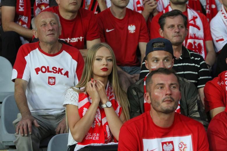 Kibice w Polsce wracają na stadiony! Od kiedy będzie można iść na mecz?