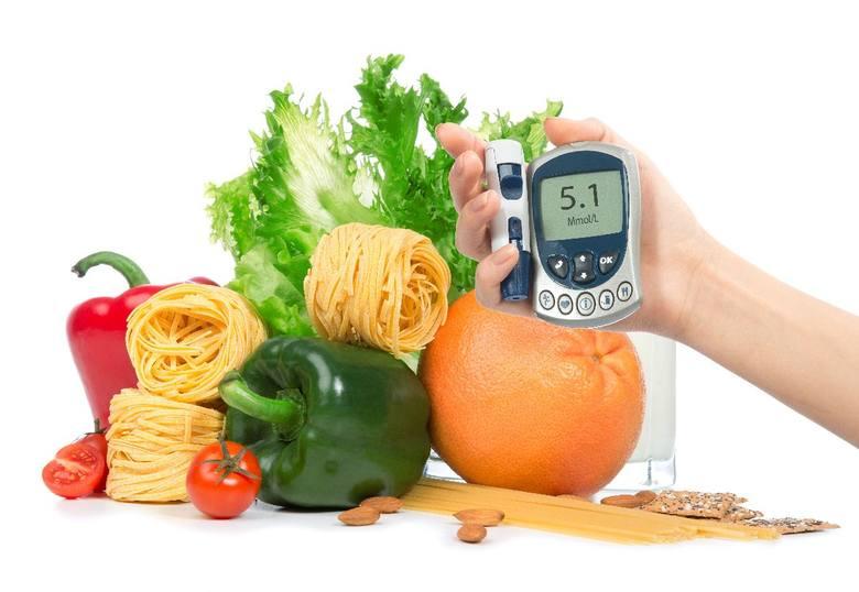 Próbujesz schudnąć, ale wciąż nie widzisz efektów. Wypróbuj sprawdzone diety i szybko trać kilogramy. Zobacz na kolejnych slajdach >>>ZOBACZ