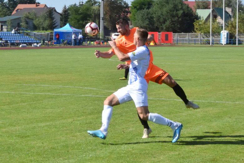 W sobotnim meczu 4 ligi piłkarskiej, Motravia Morawica wygrała z Naprzodem Jędrzejów 1:0 (0:0). Zobacz zdjęcia z tego meczu - z boiska i z trybun. >>>>>>>>>>>>