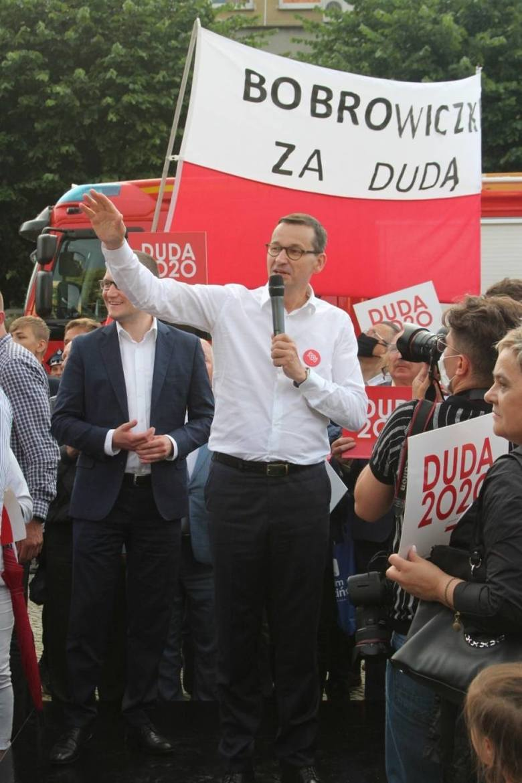 Premier Mateusz Morawiecki w Sławnie wspierał Andrzeja Dudę przed II turą wyborów