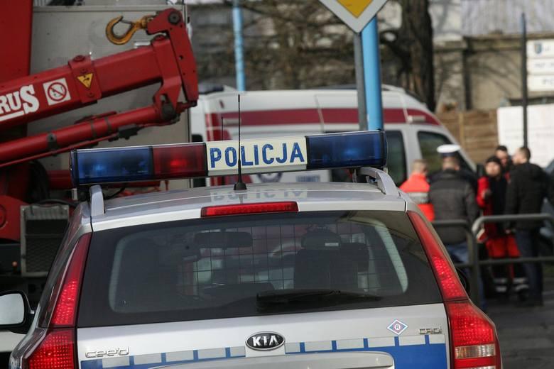 Brodnica: Kierowca potrącił policjantkę i uciekł. Padł strzał!