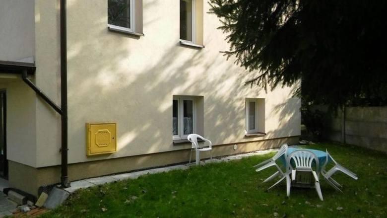 Zobacz więcej zdjęć: Dom KoniuszaGMINA KONIUSZA419 000 złDom po generalnym remoncie w miejscowości Polekarcice. Powierzchnia użytkowa wynosi 144 m kw.,