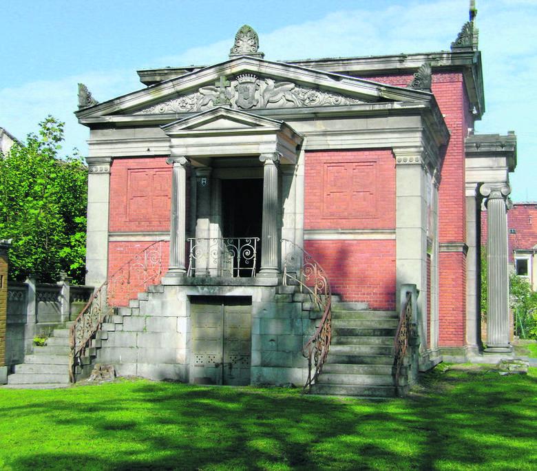 Mauzoleum w Kopicach, w którym znajdują się puste sarkofagi hrabiego Hansa Ulryka von Schaffgostcha i jego żony - Joanny Gryczik von Schomberg-Godulla