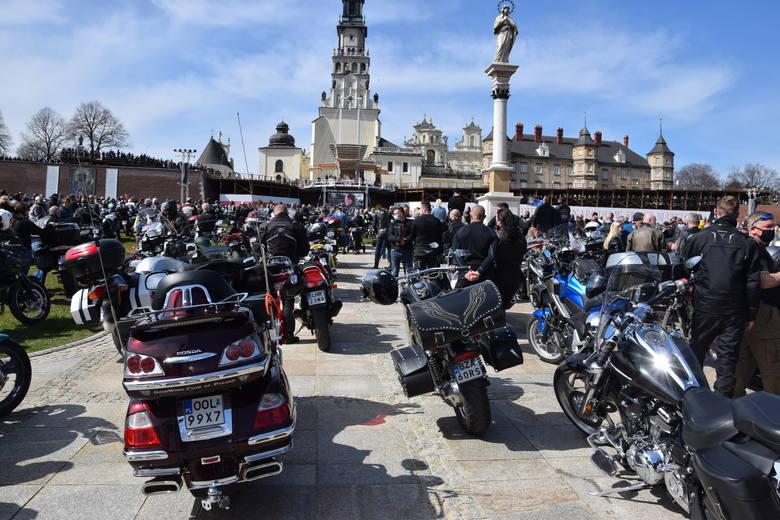 Motocykliści na Jasnej Górze złamali prawo? Prokuratura wszczęła śledztwo