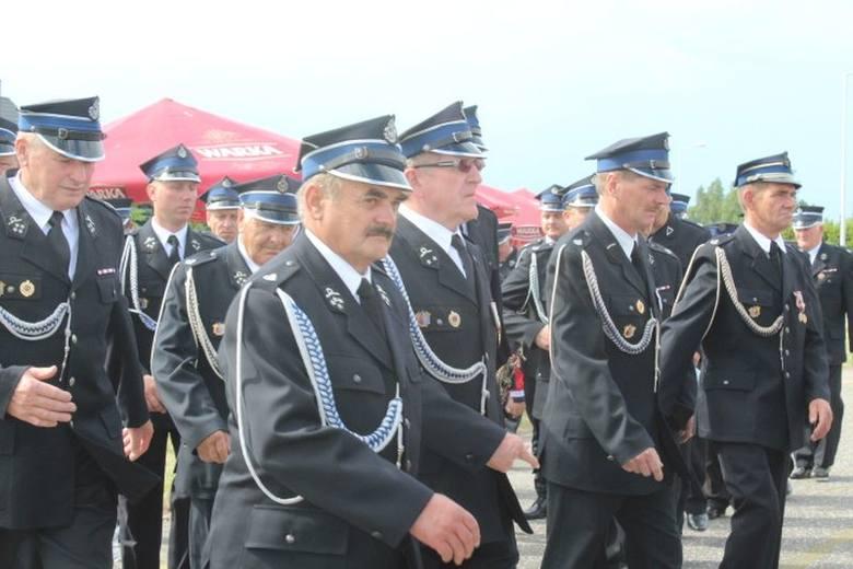 Ochotnicza Straż Pożarna w Piotrkowie Kujawskim obchodziła jubileusz 110-lecia powstania jednostki. Uroczystość rozpoczęła się zbiórką pododdziałów przed