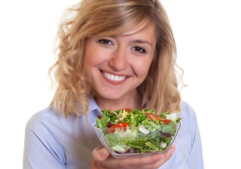 Te warzywa i owoce dodadzą sił i zdrowia. Przejdź do kolejnych zdjęć i sprawdź, jakie składniki uchronią Cię przed zachorowaniem na raka.