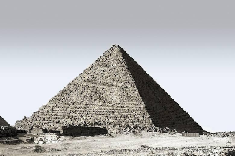 Egipt trzyma się zasady dotyczącej negatywnych wyników testów na koronawirusa wśród turystów. Z odpowiednim testem można wjechać do kraju na urlop.Zobacz