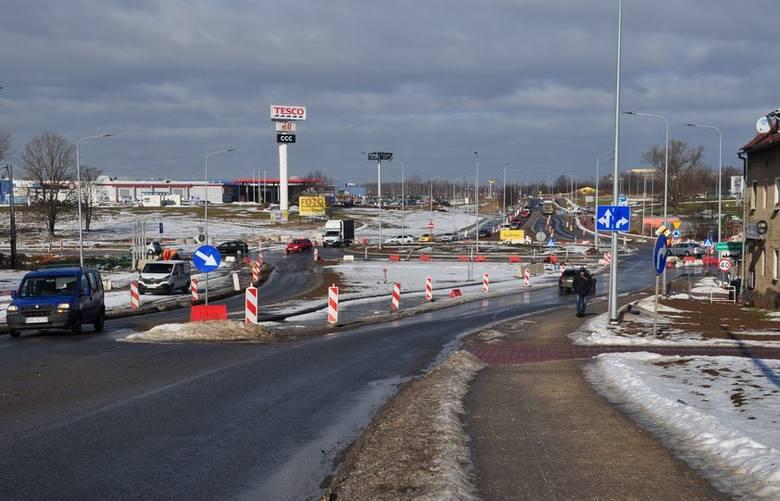 Zaawansowanie prac na budowie obwodnicy Wałbrzycha, której generalnym wykonawcą jest firma Budimex szacuje się na blisko 90 proc. Podpisany kontrakt