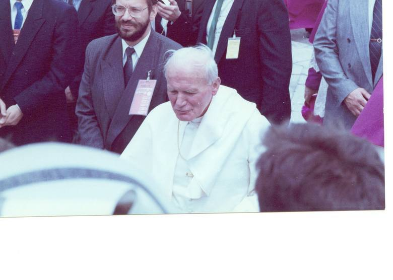 Ciekawe zdjęcia z pobytu papieża Jana Pawła II w Kielcach i Masłowie. 3 czerwca mija 29 lat od tego wydarzenia