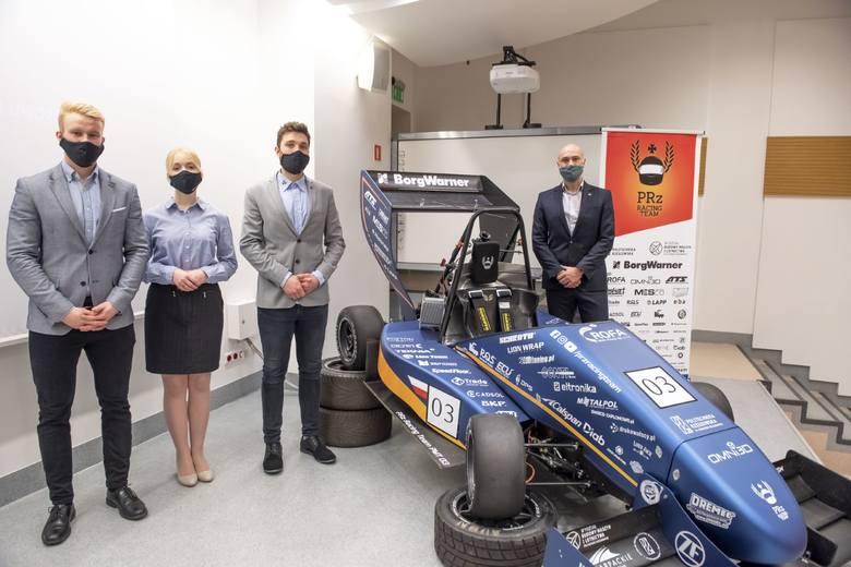 Studenci Politechniki Rzeszowskiej z PRz Racing Team zaprezentowali nowy bolid PMT-03 [ZDJĘCIA]