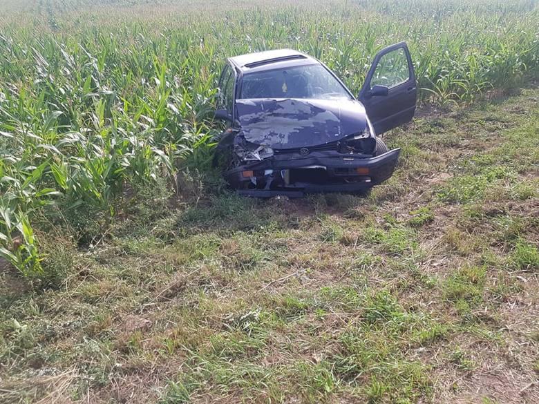 Dziś (22 sierpnia) przed południem na drodze wojewódzkiej nr 254 w miejscowości Łabiszyn Wieś samochód ciężarowy zderzył się z osobówką.- Kierujący został
