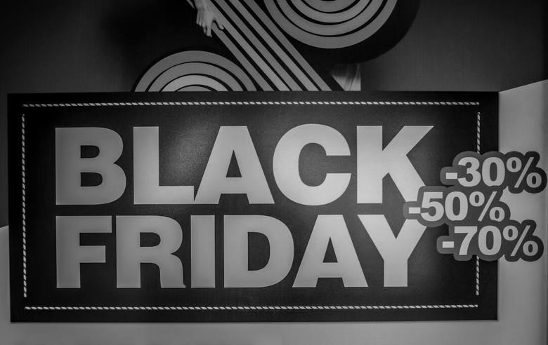 Black Friday 2018 przypada w najbliższy piątek, 23 listopada. Na całym świecie szykuje się wyprzedażowe szaleństwo, jednak my sprawdziliśmy, jakie promocje