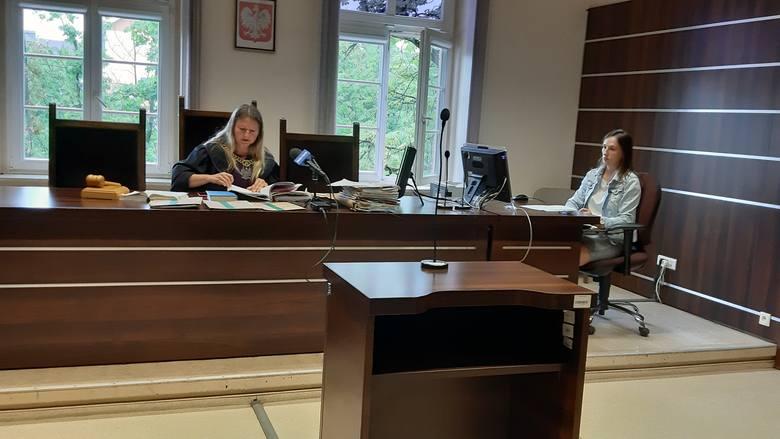 Ojciec zarzuca, że była żona porwała mu dziecko. Batalia sądowa trwa