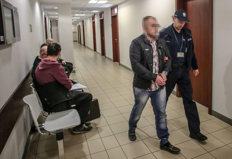 Gdańsk. Za gwałt i wykorzystanie 15-latki 2 lata i rok więzienia bez procesu