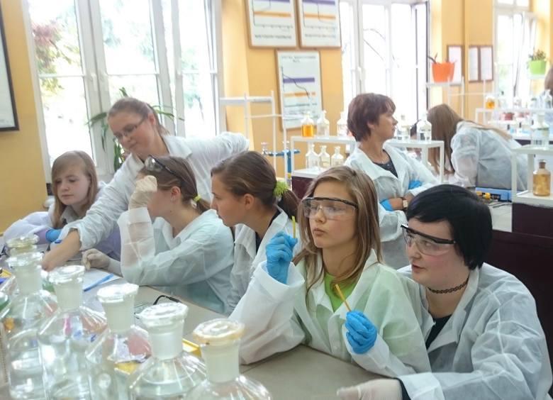Chemia narzędziem w walce o czystsze środowisko