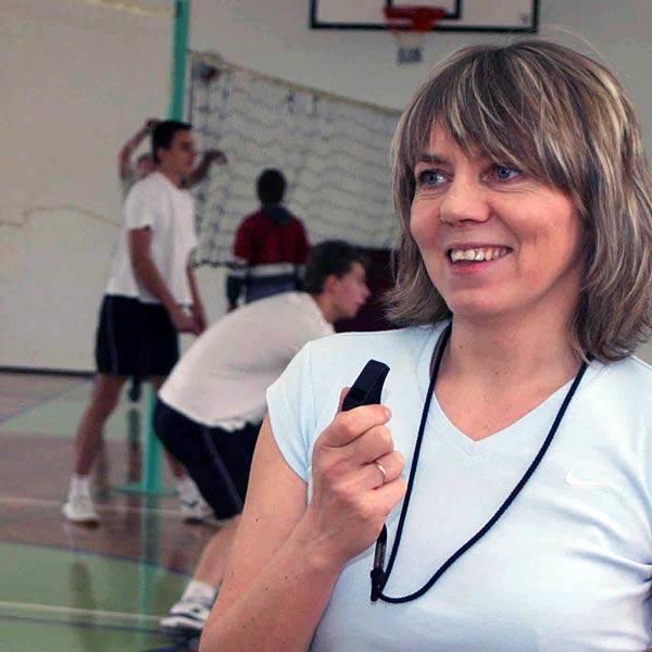 Marzena Chwalik - Wnęk, wuefistka z Zespołu Szkół nr 1 w Rzeszowie: - Chłopaków dużo łatwiej zachęcić do ćwiczeń na lekcjach. Dziewczyny bywają leni