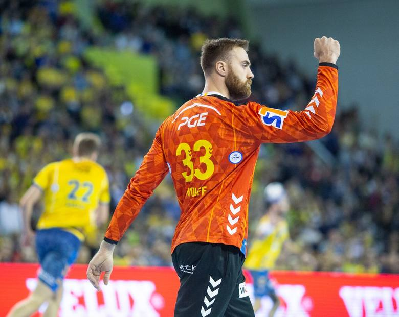 W sobotę piłkarze ręczni PGE VIVE Kielce, w swoim ostatnim w tym roku meczu Ligi Mistrzów, pokonali w Hali Legionów białoruski Mieszkow Brześć 30:24.