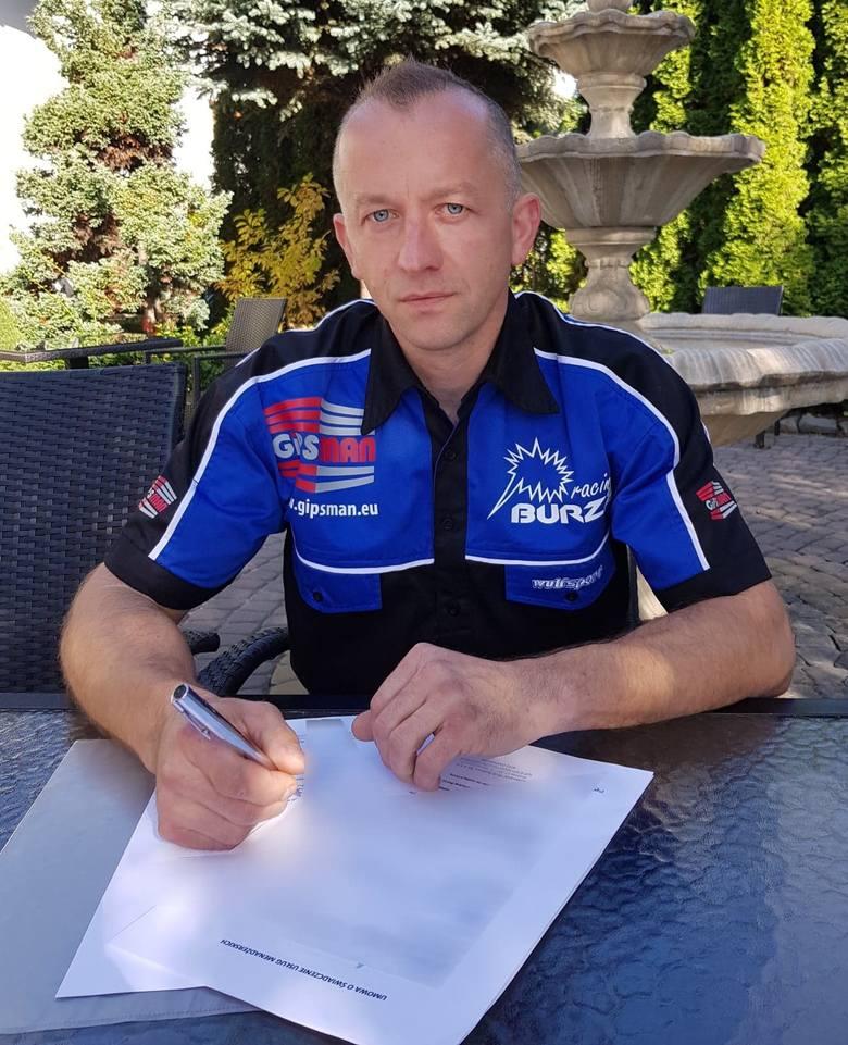 Stanisław Burza podpisał kontrakt na sezon 2019, z opcją przedłużenia