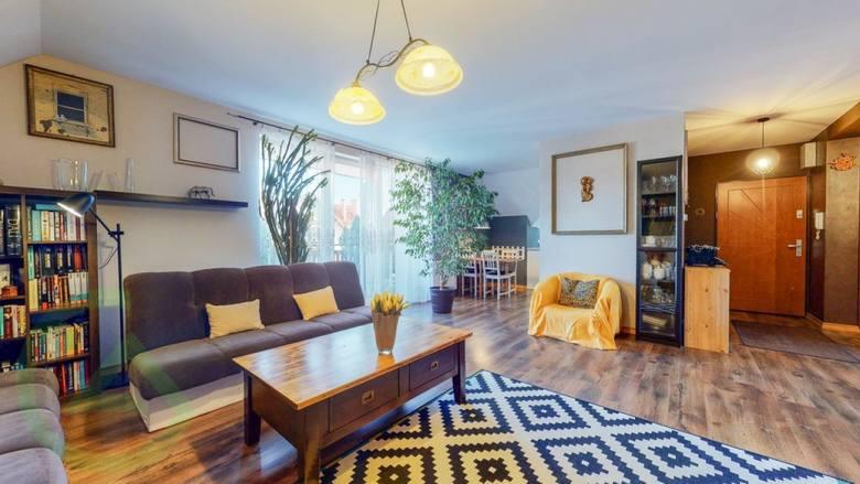 Ceny mieszkań we Wrocławiu mogą przyprawić o zawrót głowy. Tuż za granicą miasta może być już jednak taniej. Cena może być jeszcze niższa, kiedy oddalamy