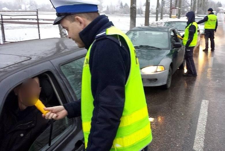 Policyjna akcja Trzeźwy poranek. Skontrolowali 1274 osoby (zdjęcia)