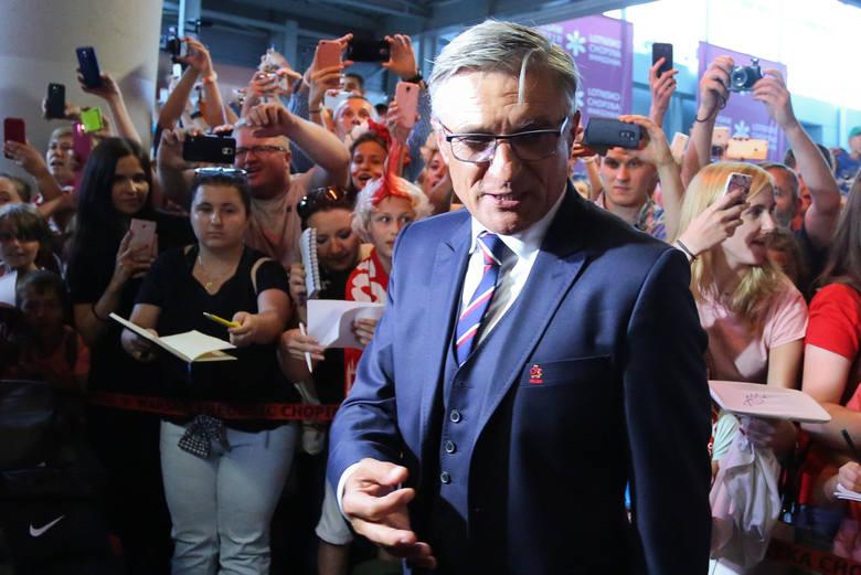 Trwająca pięć lat praca Adama Nawałki z reprezentacją Polski dobiegła końca. Selekcjoner z kadrą pożegnał się nieudanym mundialem, który skończył się