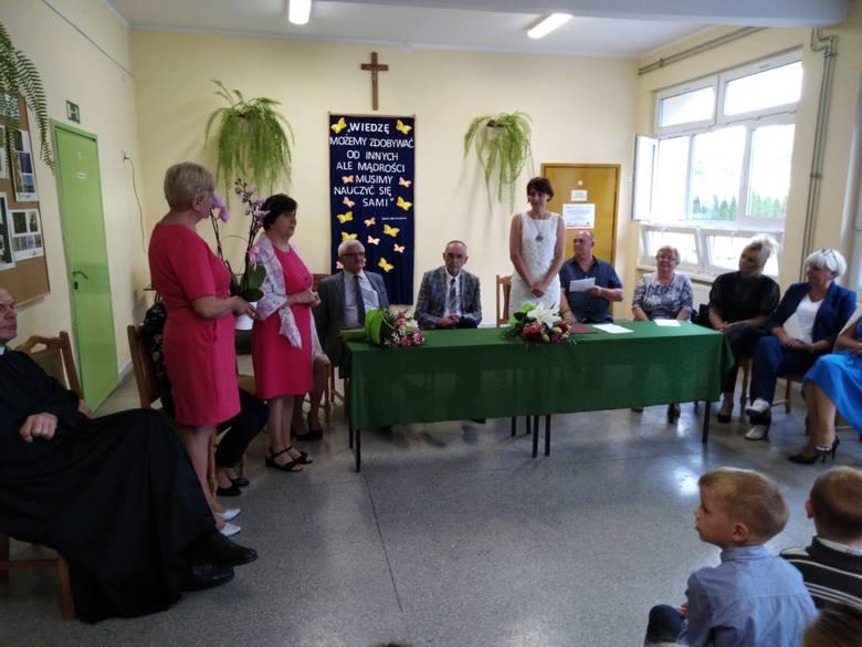-  Szkole Podstawowej w Wabczu jest nowy dyrektor - powierzyłem tę funkcję Małgorzacie Rezmer Borucińskiej - mówi Jerzy Rabeszko, wójt gminy Stolno