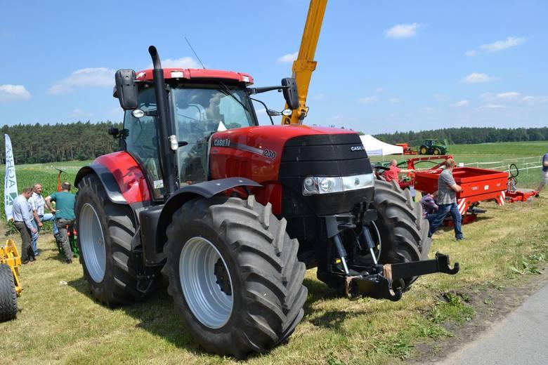 Rolnicy kupują rekordowo dużo ciągników. Wyniki sprzedaży w czerwcu