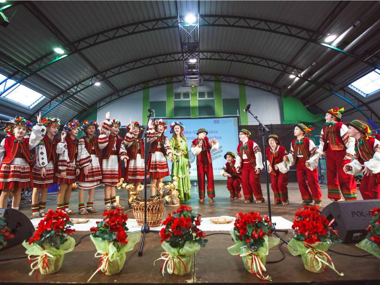 Podkarpacie korzysta na współpracy transgranicznej Polska-Białoruś-UkrainaNa zdjęciu Polsko-Ukraińskie Spotkania z Kulturą w Ropczycach , które odbyły
