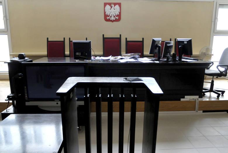 Przewlekłość postępowańNa nią najbardziej narzekali obywatele, bo sprawy przed polskimi sądami ciągnęły się latami. Nie tylko te skomplikowane, wymagające