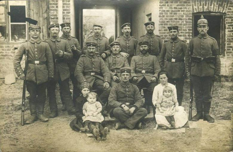 3. Zdjęcie wysłane ze Skierniewic 17.04.1915 roku.