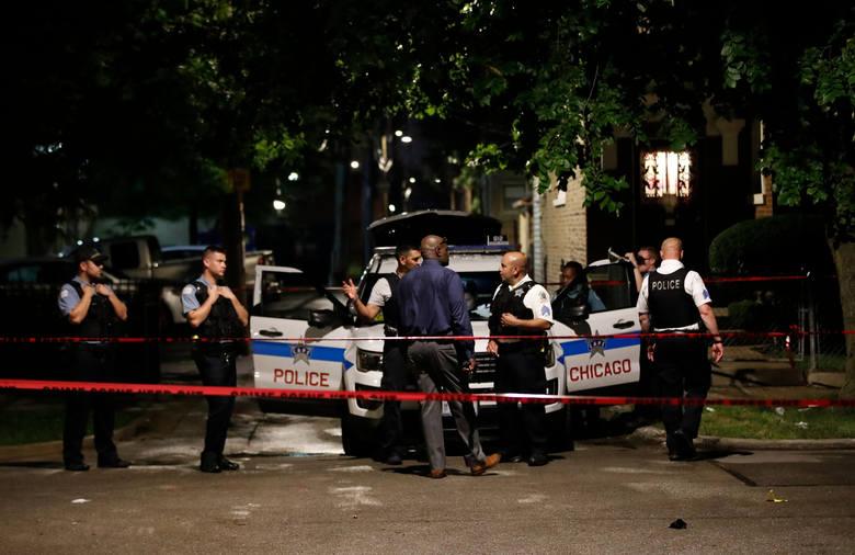 Chicago: strzelanina na pogrzebie. Żałobnicy odpowiedzieli ogniem do napastników, 15 osób rannych (VIDEO)