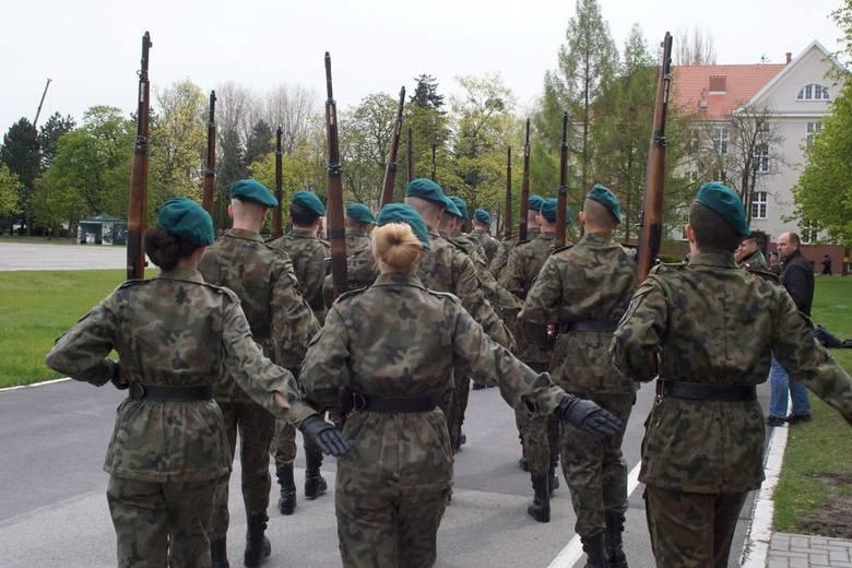 MON będzie militaryzować szkoły