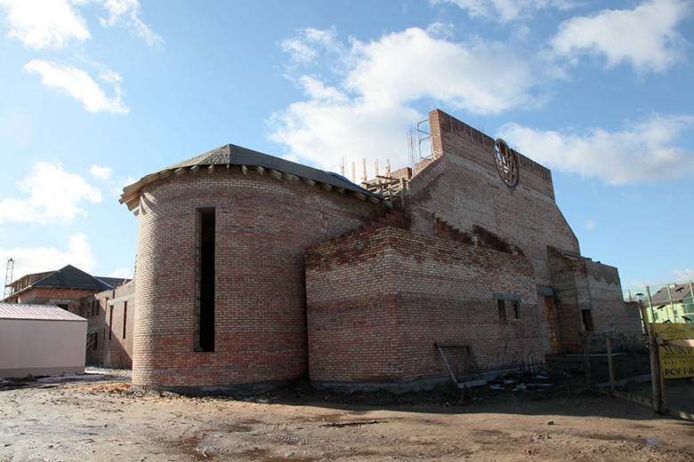Kościół św. Ojca Pio. Budowa trwa (zdjęcia)