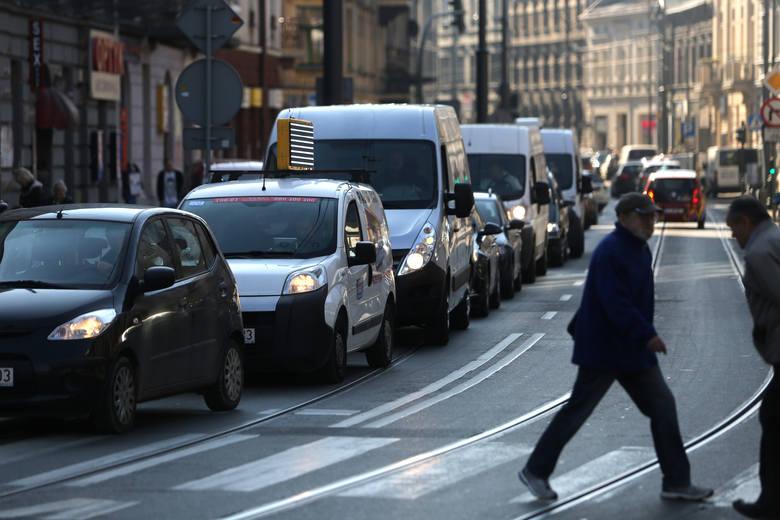 Ponad 90 proc. kierowców przyspiesza zaraz po minięciu fotoradaru