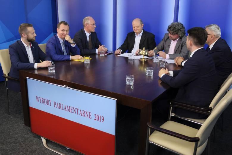 Politycy: Paweł Szramka (Koalicja Polska), Mariusz Kałużny (PiS), Robert Kwiatkowski (SLD), Tomasz Lenz (Koalicja Obywatelsak) oraz Sławomir Menzen (Konferacja