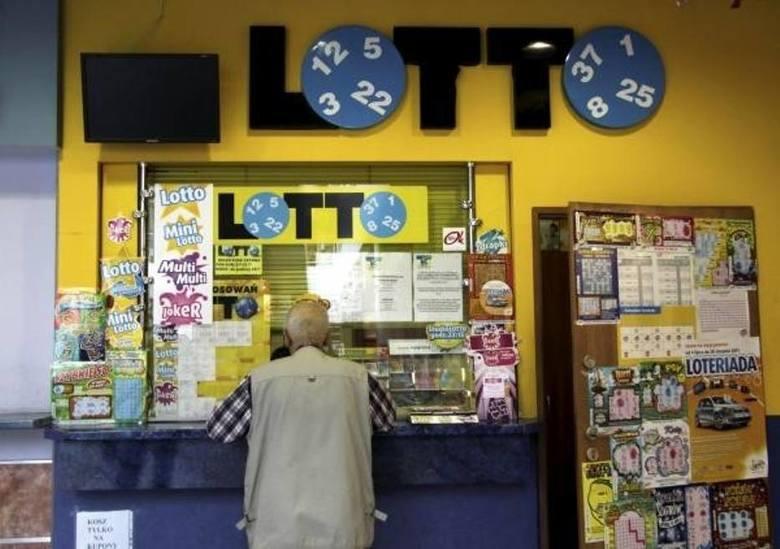Trzecia najwyższa do tej pory wygrana w Lotto w Małopolsce padła 29 maja 2012 r. w Krakowie w punkcie przy ul. Ugorek 10. Gracz zainkasował  23 472 358,40