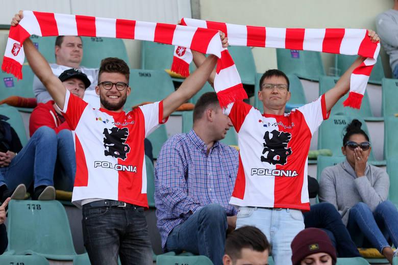 Abramczyk Polonia Bydgoszcz po trudnym meczu pokonała Lokomotiv Daugavpils 46:44 i przedłużyła swoje szanse na utrzymanie się w I lidze. Co prawda wciąż