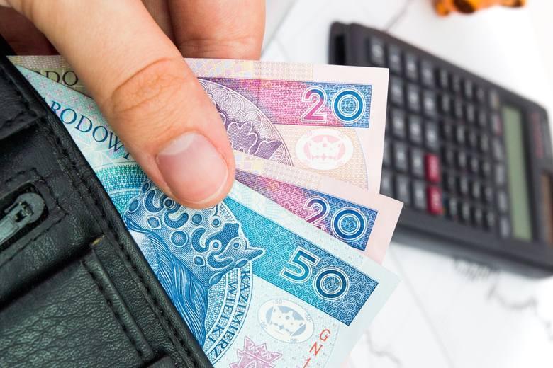 50 plus do 2450 złotych brutto płacy minimalnej w 2020 roku. PiS planuje zmiany