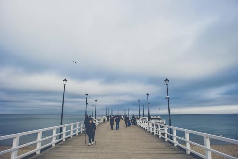 Spacer po plaży w Gdańsku Brzeźnie. Piękne zdjęcia znad Morza Bałtyckiego [zdjęcia]