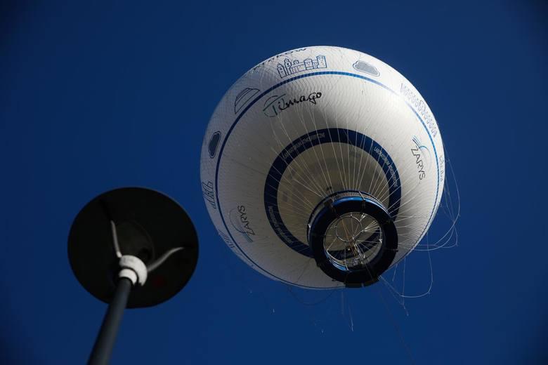 Unieść się nad ziemię. Krakowskie zmagania z balonami