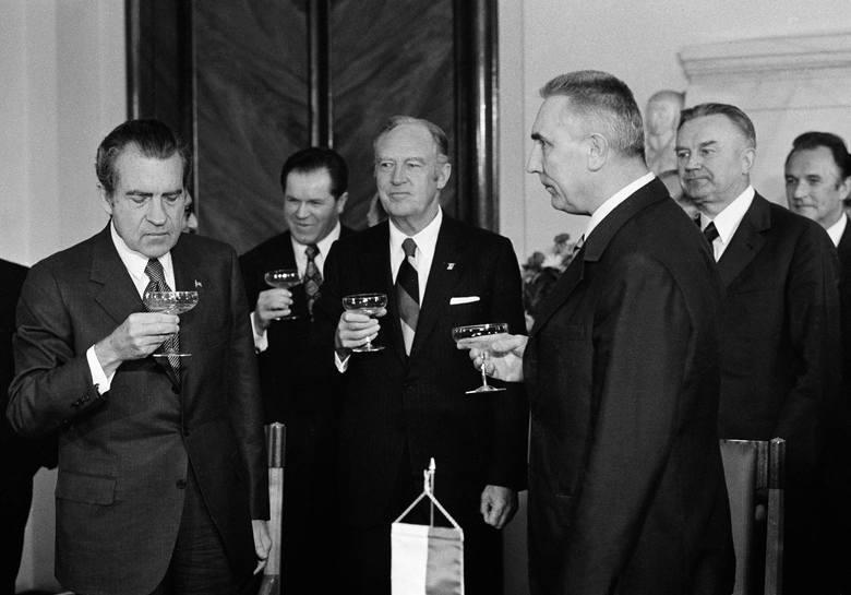 Richard Nixon był pierwszym urzędującym lokatorem Białego Domu w historii, który odwiedził Polskę.