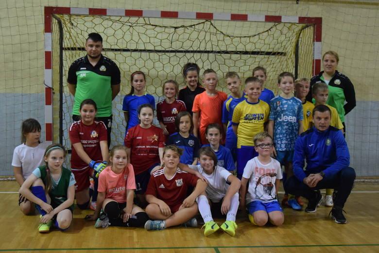 Tak młode piłkarki grały z zawodnikami Stali Gorzów. Za nami konsultacja kadry województwa młodziczek