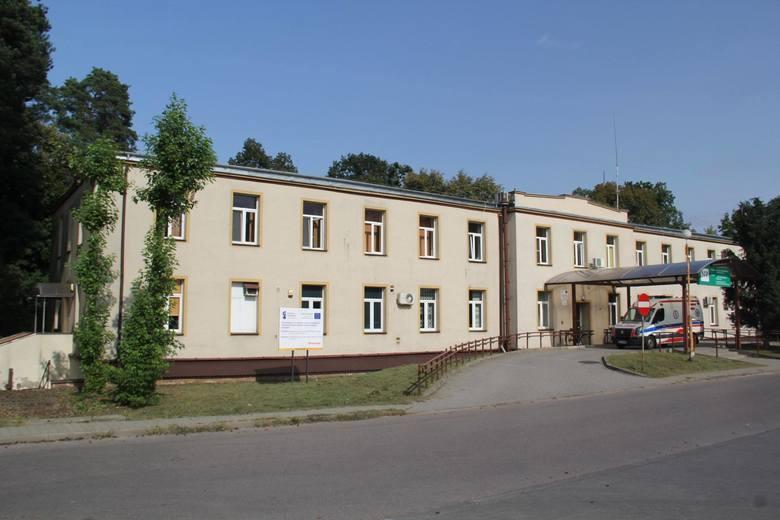 Na oddziale rehabilitacji szpitala w Pionkach osoby z negatywnymi wynikami zostały odizolowane, a wszystkie pomieszczenia oddziału zdezynfekowano.