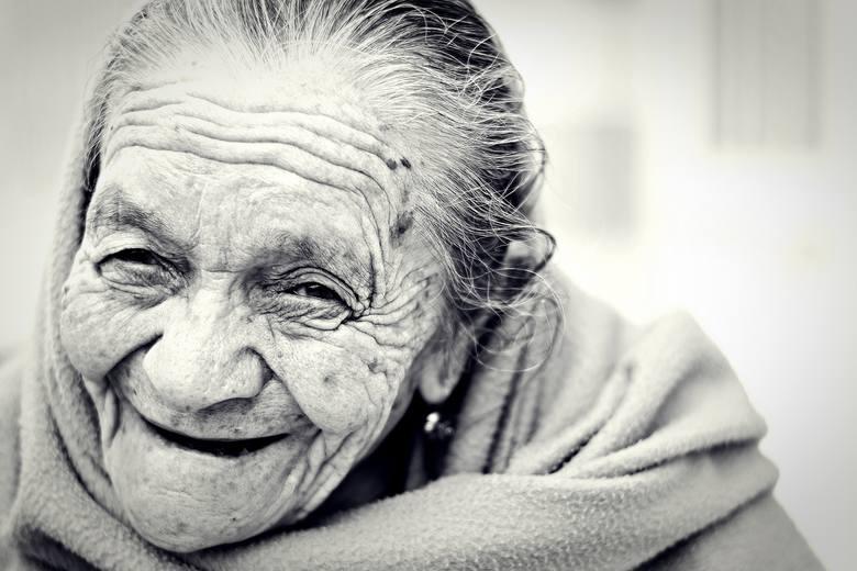 Najstarsze matki świata - gdy rodziły, były już babciami!