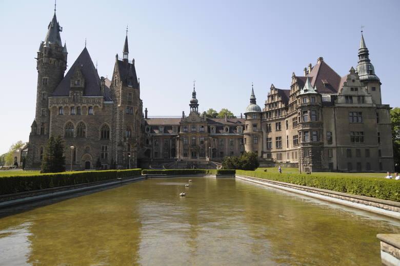Zakończenie wakacji w magicznej szkole na zamku w Mosznej