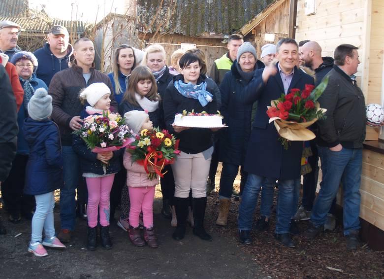 Nasz Nowy Dom w Wąsewie. W sześć dni ekipa polsatowskiego programu wyremontowała dom państwa Durków, 11-16.02.2019 [ZDJĘCIA]