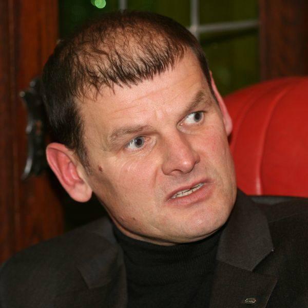 Prezes stowarzyszeń Bałt i Delta Piotr Lichota uważa, że wójt Bogusław Mąka nie realizuje turystycznej strategii rozwoju gminy. - Bałtów stał się atrakcją