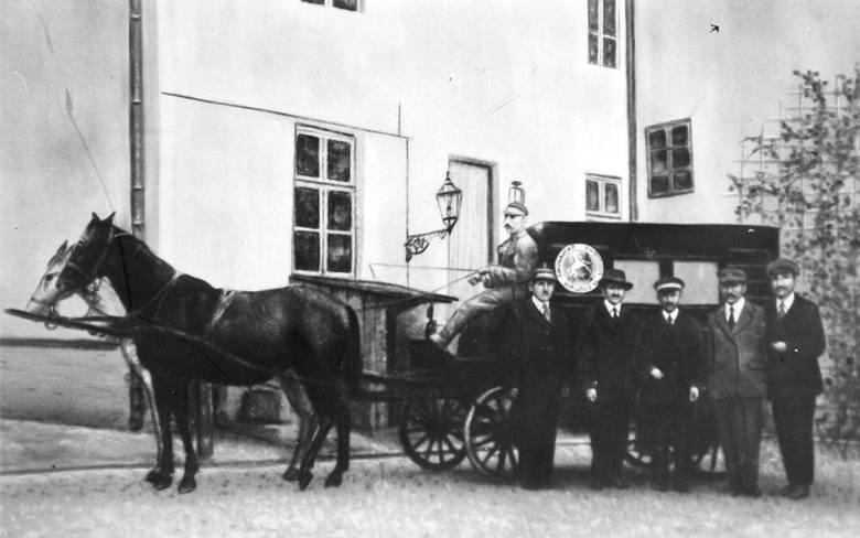 Karetka konna z lat 1923 - 1937