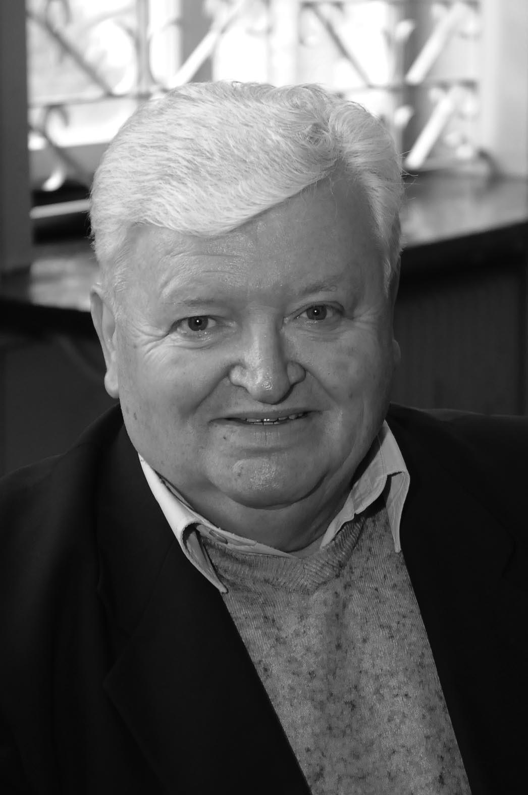 8d4c4c22 Zmarł Lucjan Franczak, były trener Wisły Kraków, wspaniały wychowawca wielu  pokoleń piłkarzy (1.01/11)